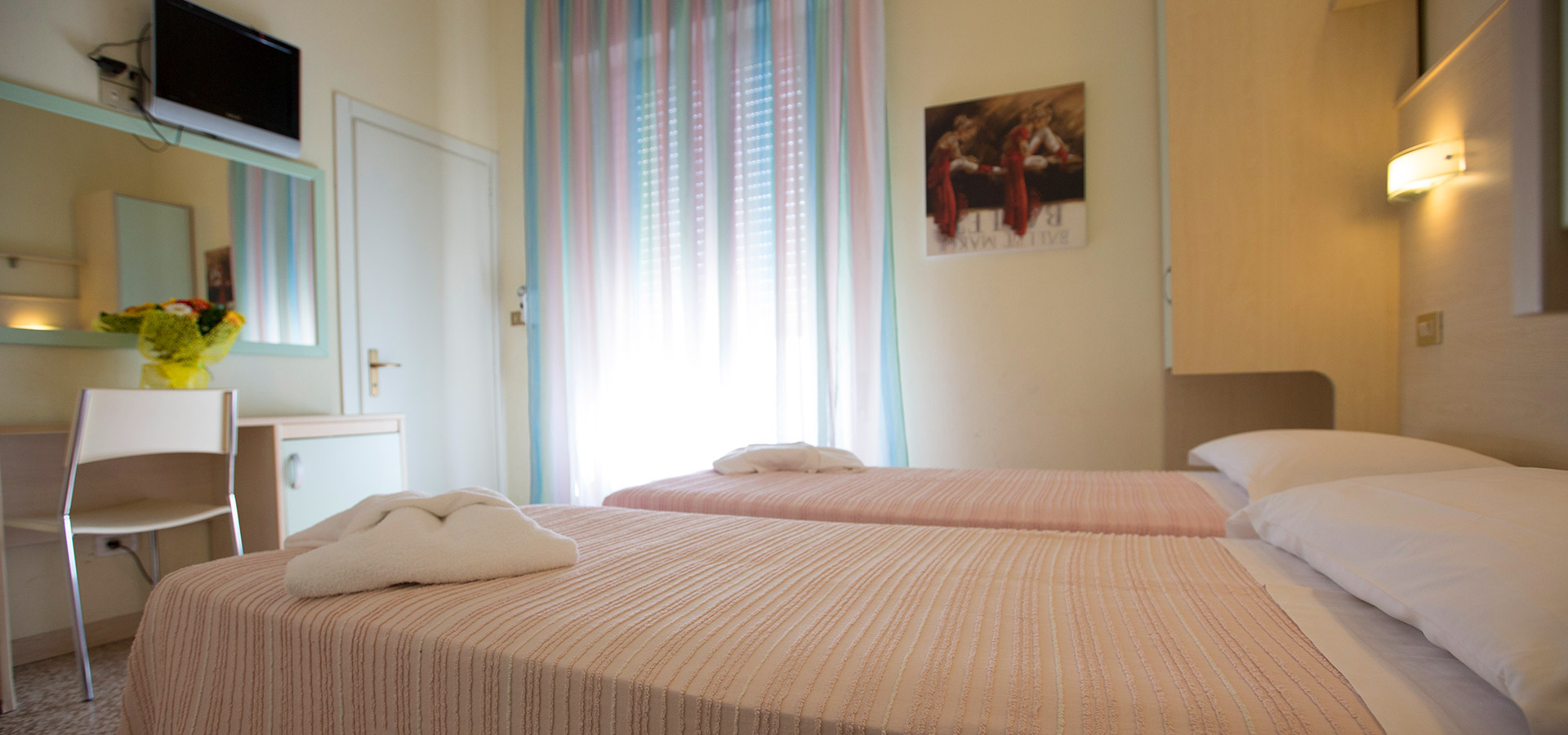 Camere-pink